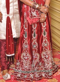 Bridal lehenga and/or jewellery for Rent on rent in Pune, India